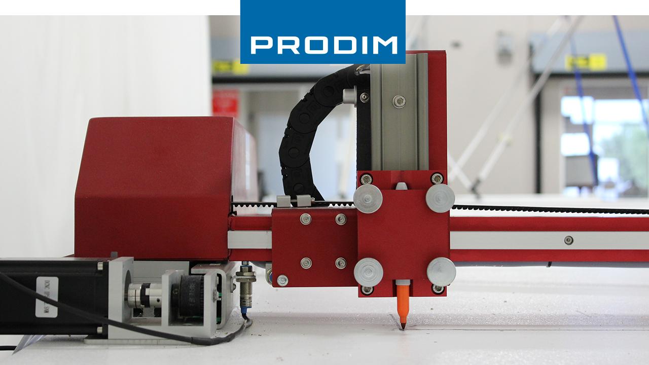 Prodim - Complete oplossingen voor digitaal templaten – Toepassingsgerichte gereedschappen en apparaten per industrie – Afbeelding van de Prodim Plotter