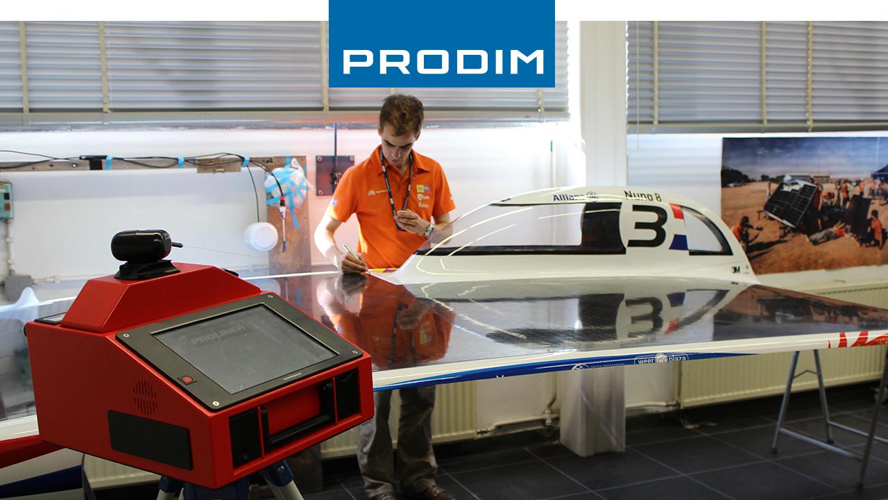 Prodim Proliner digitaal meetapparaat – Gebruikt voor kwaliteitscontrole van Nuna 8, de op zonne-energie aangedreven raceauto van het Nuon Racing Team